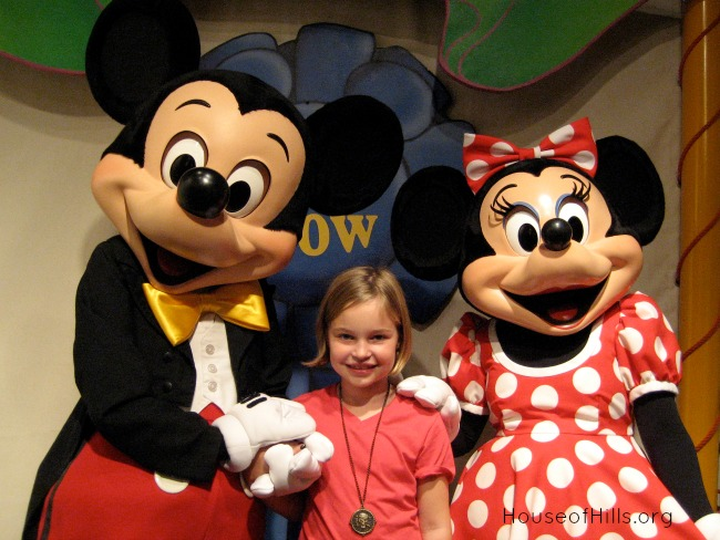 Maggie with Mickey and Minnie HouseofHills.org